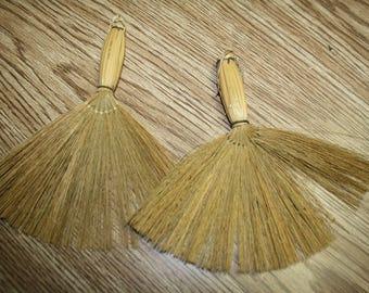 2 Brooms
