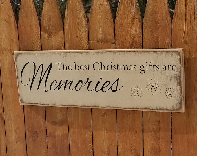 """Custom Carved Wooden Sign - """"The Best Christmas Gifts Are Memories"""" - 24""""x7.5"""""""