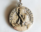 Necklace - Sainte Madeleine & Her Crucifix 18mm - Sterling Silver