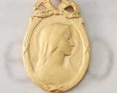 Medal - Blessed Mother Oval Frame with Bow 18x28mm - 18K Gold Vermeil