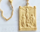 Necklace - Le Christ Sur La Croix - 18K Gold Vermeil - 28x43mm + 18 inch 18K Gold Vermeil Chain