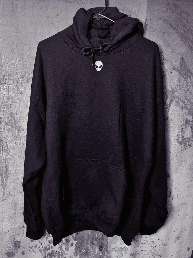 Alien Hoodie Mens Hoodie Alien Shirt Area 51 Shirt UFO Sweatshirt Alien Sweatshirt Men/'s Clothing Boyfriend Gift Mens Sweatshirt