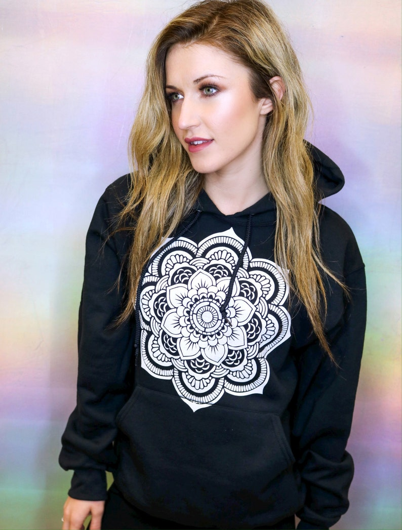 basic, pullover \u00ab Mandala Hoodie \u2022 Yoga Sweatshirt \u2022 Women/'s Sacred Geometry Tee \u2022 Mandala T Shirt \u2022 Mandala Shirt \u00ab G185black \u00ab\u00ab