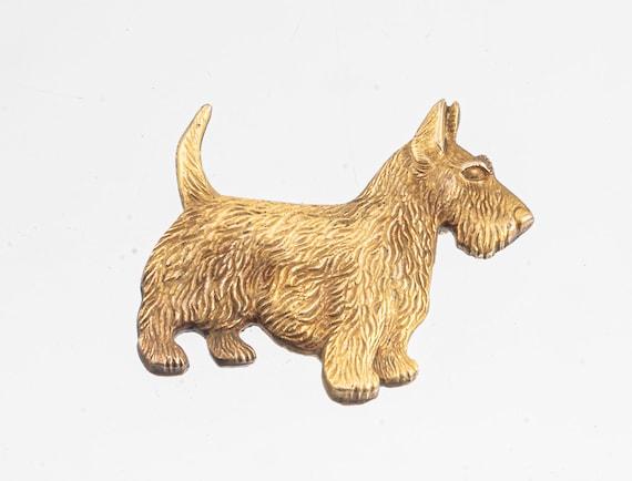 Gilt silver Scotty dog pin