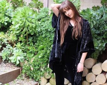 e58ac6e98f2 Boho Kimono Cardigan - Boho Velvet Kimono - Short Kimono Robe - Velvet  Poncho - Kimono Jacket Black - Kimono Jacket Plus Size - Gift For Her