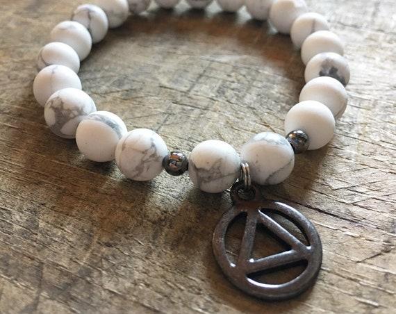 White Matte Howlite Recovery Bracelet, Yoga Bracelet, Recovery Symbol, Charm Bracelet, Meditation, Chakra Healing, Stretch Cord