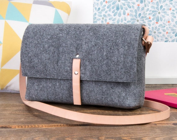 Small leather crossbody bag for women, crossbody purse, felt messenger bag, fabric bag, leather purse, grey crossbody purse, hippie bag