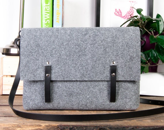 Felt messenger bag, Black leather messenger bag, Macbook Air Bag, Felt laptop bag, Macbook Pro 15 case, valentine gift, Laptop bags on sale