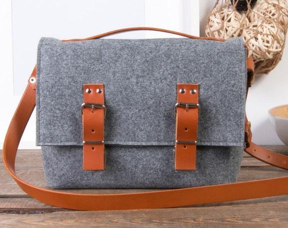Felt crossbody bag, Macbook air case, leather messenger bag men, Laptop bag for women, macbook pro 15 case, messenger bag women, felt bag