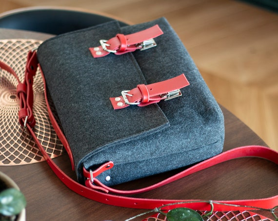 Leather felt bag, large laptop bag, leather messenger bag women, macbook case bag, women macbook bag, macbook pro 15 case with leather strap