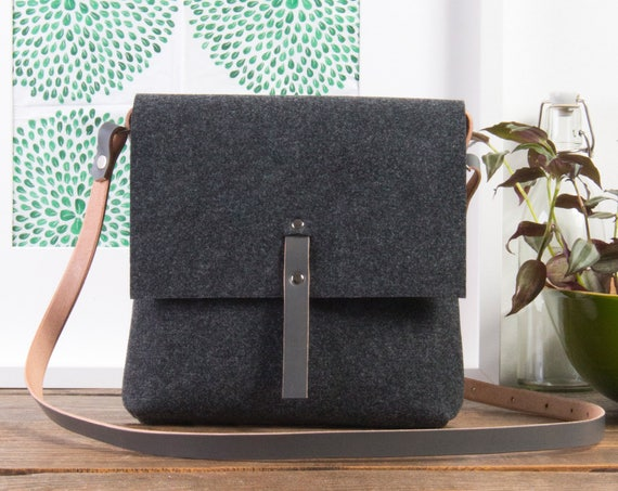 Over the shoulder purse, Ladies leather purse,  holiday gifts for women, New style purse, grey felt bag
