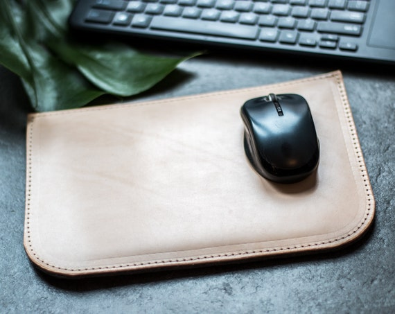Mousepad leather, Leather Mouse pad, custom Mouse pad, desk accessories, desk organizer, mouse mat, home decor, office decor, black friday