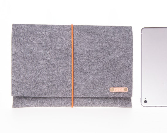 Felt ipad pro case, simple macbook pro case, kindle case, tablet case, ipad sleeve, custom ipad case, Easy cloasure ipad case, minimalist