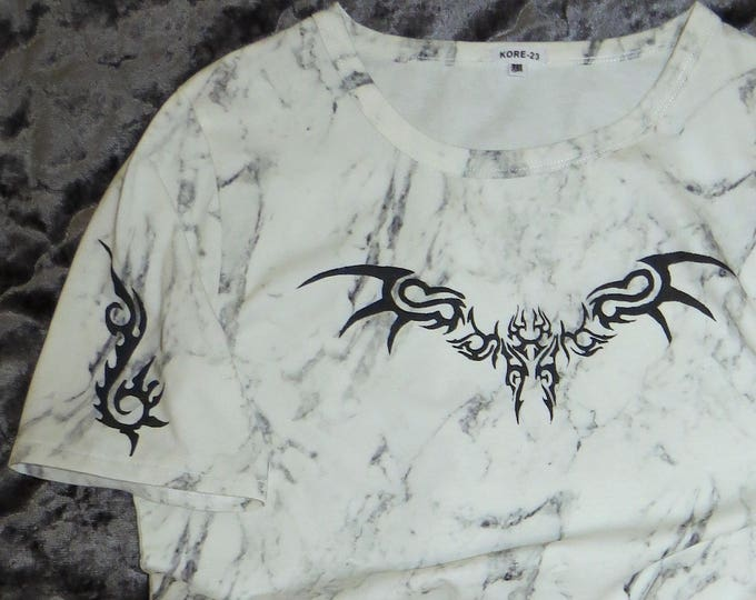 OCTANE666~~tribal print T-shirt