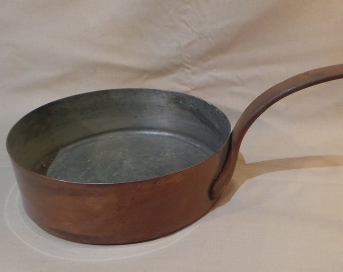 "Vintage 1.5mm Copper Pan Saute Copper Pan 26cm 10 1/4"" Unrestored Well Used Dark Good Tin Copper Pan Sauteuse Quality Copper From France"