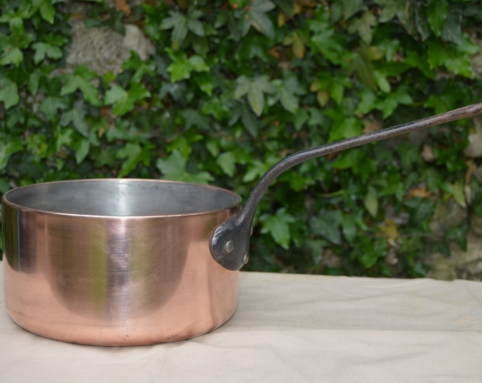 "Saucepan Copper Pan 3.5mm Saute Copper Pot Unrestored Sold As Found Unrefurbished Well Used 20cm 8"" Across 2.87 Kilos 6lbs 5.8 ozs"