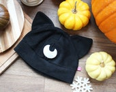 Cute witchy moon cat fleece cosplay beanie hat, great gift for a gothic, witchy friend