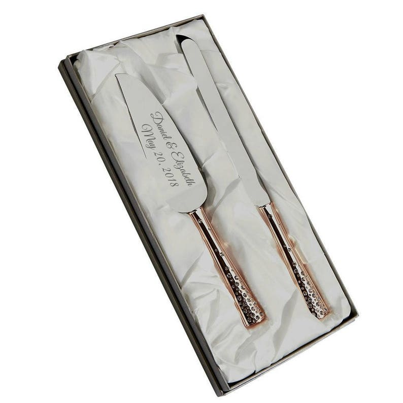 ccbb99f08f13a Engraved Wedding Cake Serving Set With Knife Rose Gold