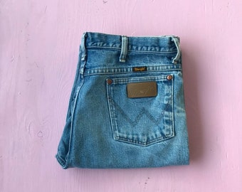 7988d676 90s Wrangler jeans 35 x 32 - Classic Cut - High Waisted Jeans - Vintage  Clothing - Western Wear - 90s Clothing - 936PWD