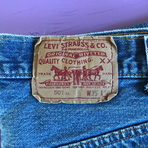 Levis 501 32 x 30 - Made in USA Levis Vintage Clo… - image 1