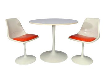 Mid Century Modern Tulip Dining Set Table and Chairs n Style Saarinen/ Burke