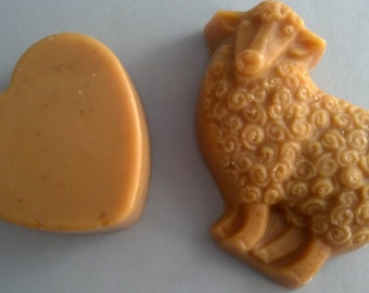 """Goat milk  """"Love Ewe""""  Spicy Oat Oatmeal & Honey  2 soap package scented with Tangerine, Clove and Cinnamon essential oils"""