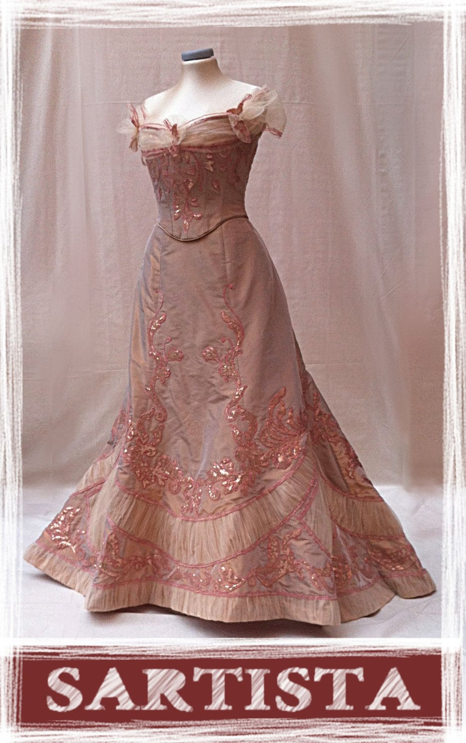 1900 ball gown