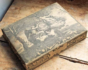 Antique French cartonnage box/  beginning of 20th century fabric box / vintage french boudoir box / Vintage storage box for sweets