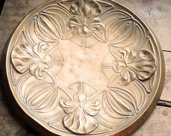 End of 19th century wall hanging large brass tray Art nouveau / Vintage antique large brass plate motif flower