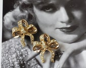 Stunning Vintage 1950 39 s Gold Ribbon Bow Small Clear Rhinestone Pair of Scatter Pins Accessory Brooches