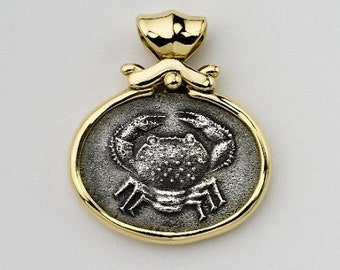 Zodiac Cancer Necklace Pendant,Cancer Zodiac charm coin jewelry 14k bezel pendant,Astrology coin medallion necklace zodiac sign