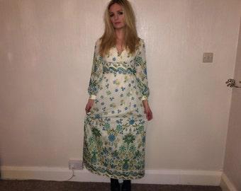 Eastex long dress size 10