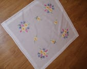 Polish white hand embroidered traycloth floral multicolour Flower Floral Hand embroidery Serape Hand made flowery dresser scarf table top