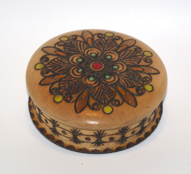 Folk Art Wooden Trinket Box Storage Jewelry Handmade Oval//Round