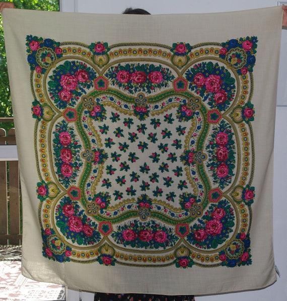 Cracovian big beige cream shawl Polish light wool