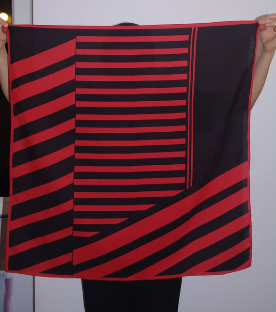 Vintage Retro babushka Scarf striped scarf red bla