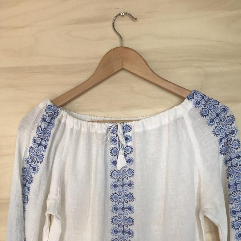 Vyshyvanka Bohemian embroidered cotton blouse shirt tunic Ukrainian women/'s blouse Ukrainian  Ethnic Traditional blue embroidery small S