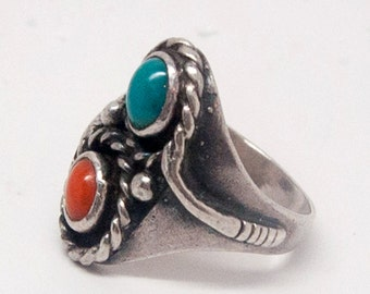 Navajo vintage sterling silver ring with snake applique, turquoise and red coral