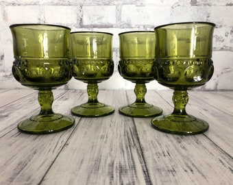Vintage Indiana Glass Thumbprint Luncheon Plate with Matching Cups in Olive Green \u2013 Set of 4