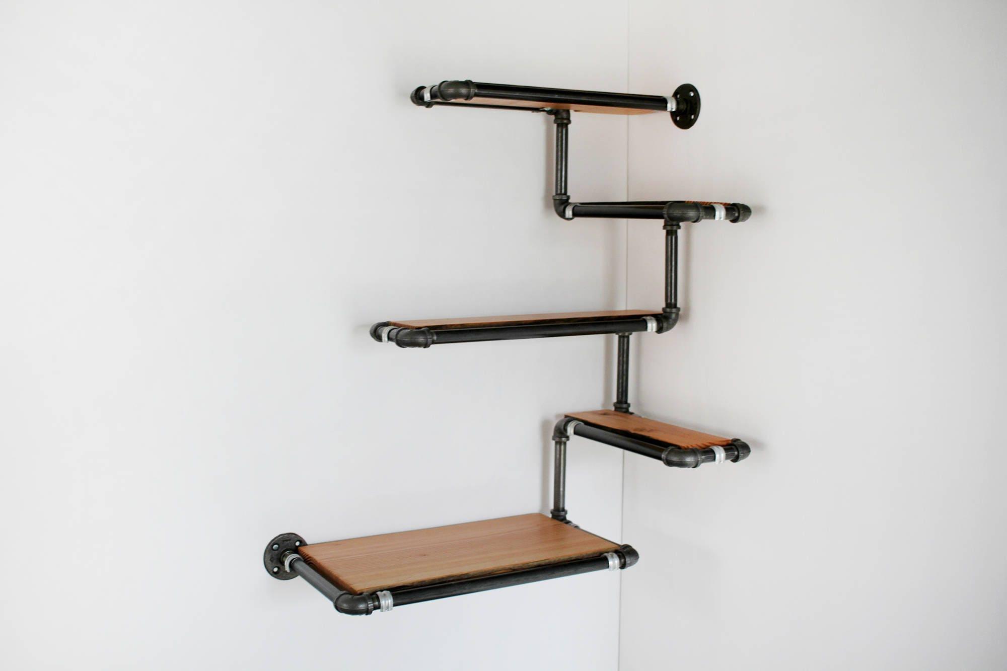 Rohr-Wandregal mit Altholz benutzerdefinierte Rohr Regale.