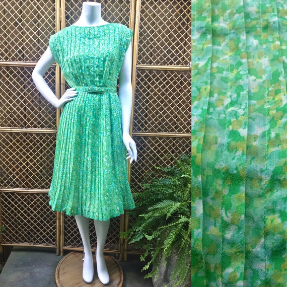 1950s Green and White Sheer Cotton Floral Dress wi