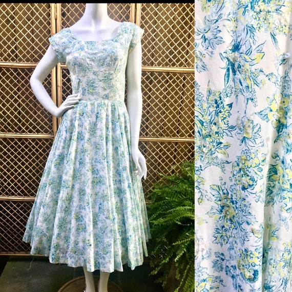 1950s Blue, Lime Green and White Floral Cotton and