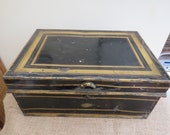 Vintage Circa 1910 Anglo-Indian Allibhoy Vallijee Sons Large Black and Gilt Painted Despatch Box Deeds Box Trunk Fitted Interior