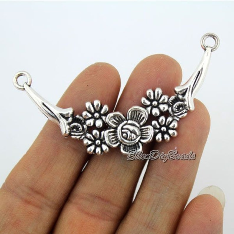 6PCS Tibetan Silver Retro Flower Charms Pendant Necklace Beads Crafts Findings