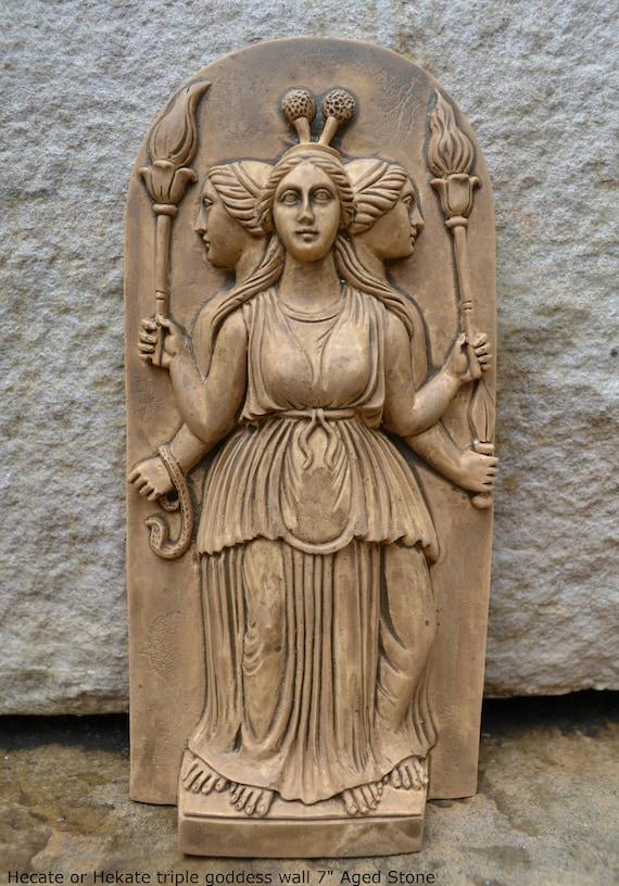 Hecate o Hekate triple diosa pared Escultura <a href=