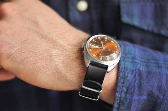 "Soviet watch ""Slava"" , Mens watch, Russian watch,"