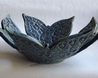 Butterfly Bowl / Blue butterfly fruit bowl / Butterfly fruit bowl / Handmade unique gift / butterfly pottery / unique gift for nature lovers