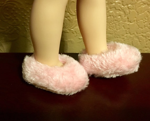 Pink Fuzzy Slippers for Wellie Wisher Dolls