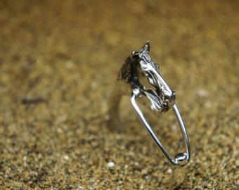 Horse silver keychain