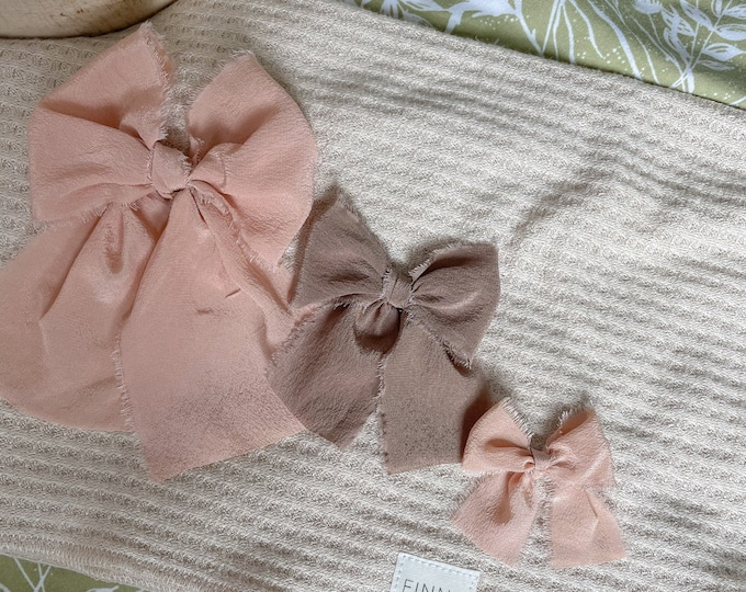 Large bow - Peach and Bone colors | Hand dyed silk bow